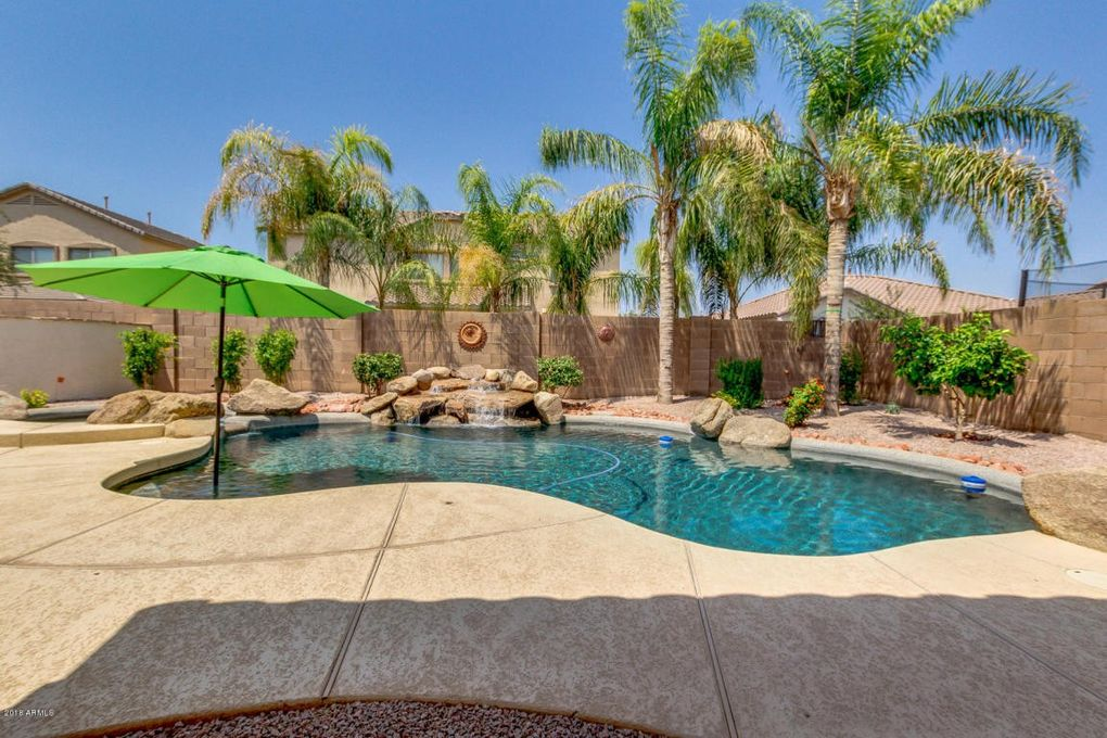 4088 E Peach Tree Dr Chandler, AZ 85249