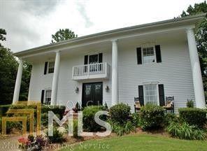 6057 Walden Pond Rd, Gainesville, GA 30506