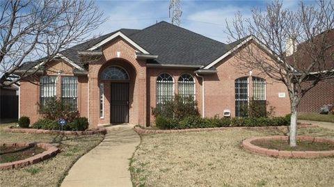Photo of 1443 Birkshire Ln, Cedar Hill, TX 75104