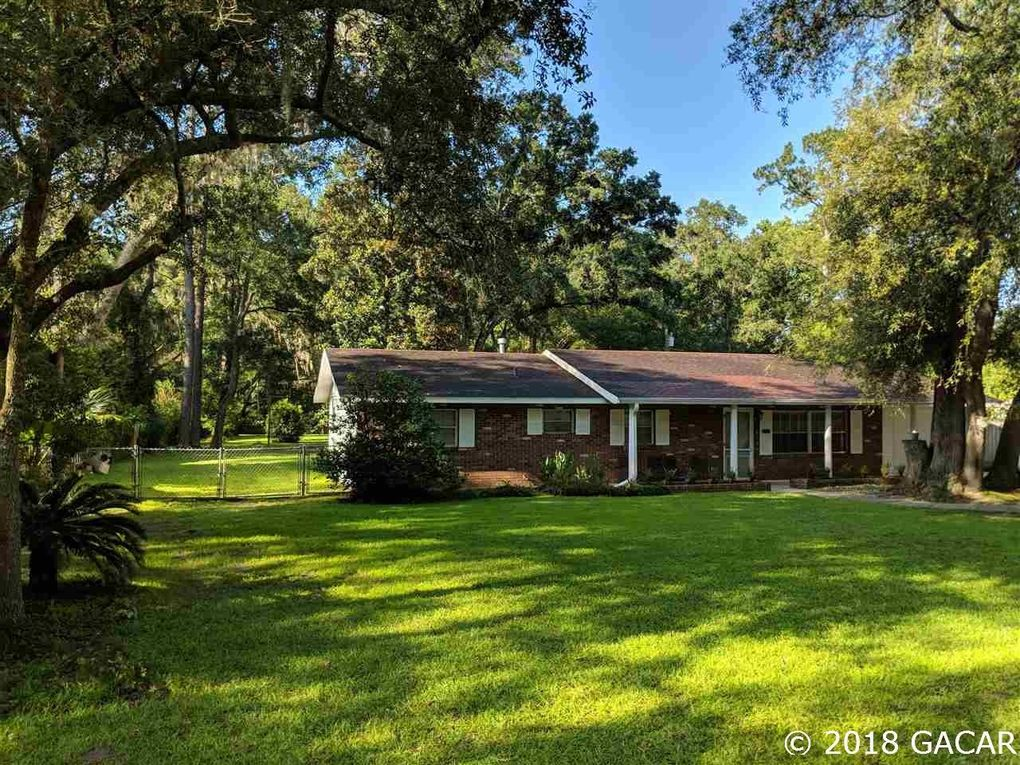 3461 NW 34th Pl Gainesville, FL 32605
