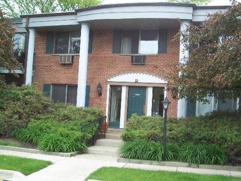 Photo of 702 E Algonquin Rd Unit 109, Arlington Heights, IL 60005