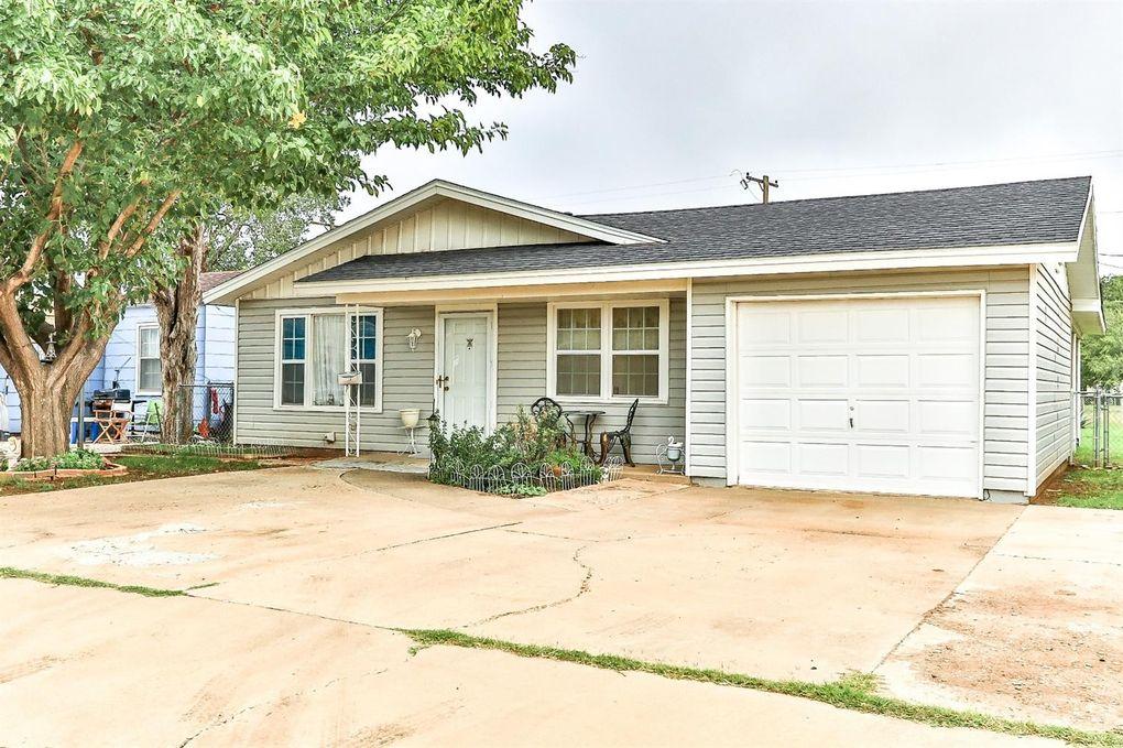 2608 1st Pl, Lubbock, TX 79415