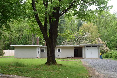 Photo of 23 Homestead Ln, Roosevelt, NJ 08555
