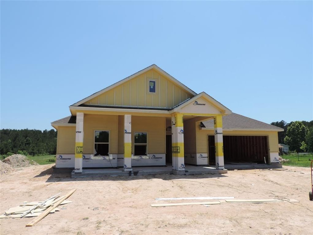 70 Road 22705, Cleveland, TX 77327