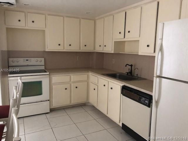 5825 Collins Ave Apt 2 F, Miami Beach, FL 33140