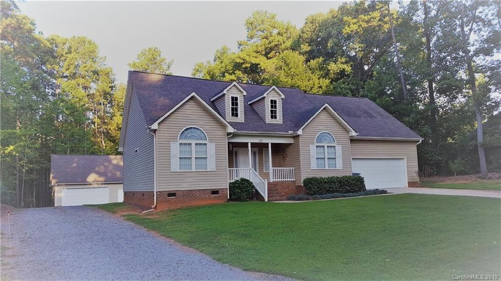 125 Ardmore Pl Mooresville, NC 28117