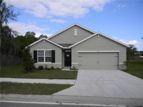 Photo of 5618 Geiger Estates Dr, Zephyrhills, FL 33541