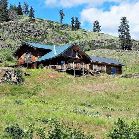74 High Meadow Rd, Plains, MT 59859