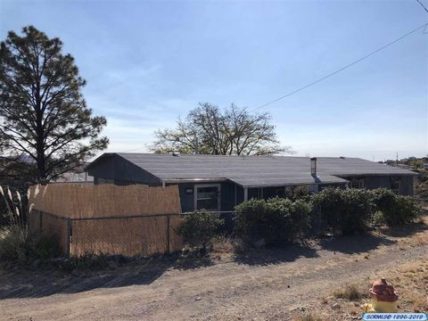 Photo of 410 E Pheasant Dr, Silver City, NM 88061