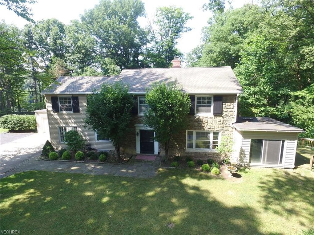 35651 Maplegrove Rd Willoughby Hills Oh 44094 Realtor Com