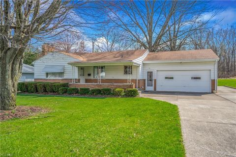 Photo of 51 Evans Ave, Austintown, OH 44515