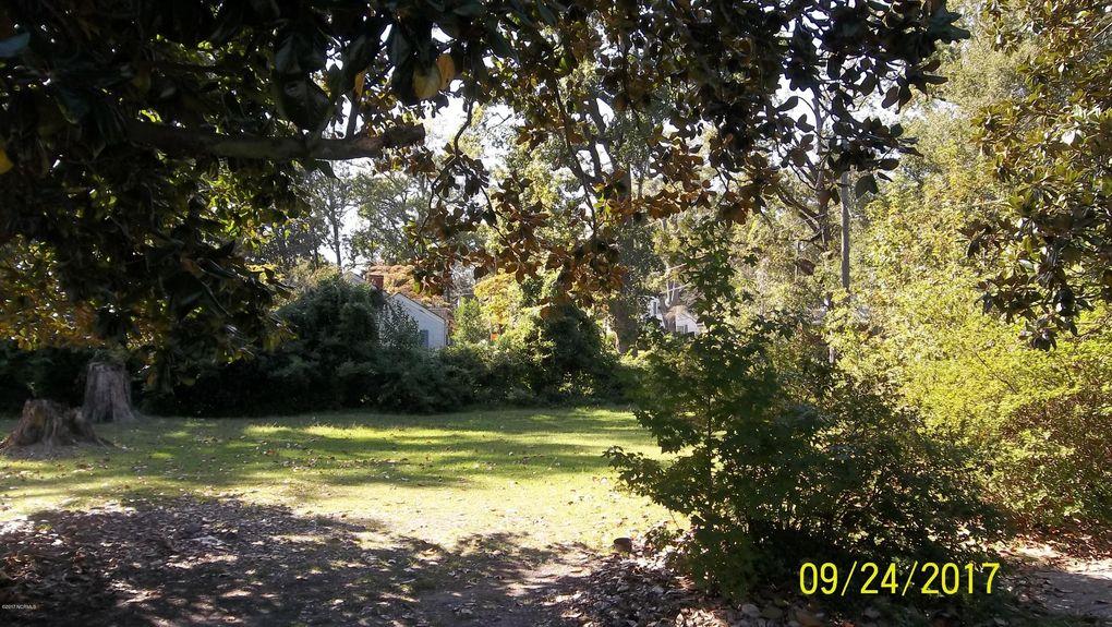 209 N Madison St, Whiteville, NC 28472
