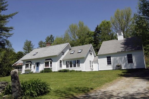 49 Old County Rd, Landgrove, VT 05148