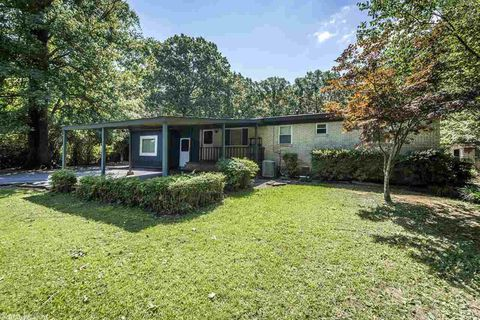 Photo of 7117 Forest Dale Dr, North Little Rock, AR 72118