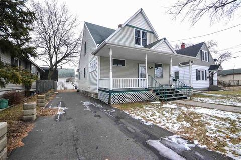 718 Lincoln St, Green Bay, WI 54303