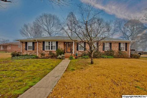 5001 Dellmont Rd Nw  Huntsville  AL 35810. Huntsville  AL 4 Bedroom Homes for Sale   realtor com