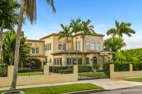 Photo of 328 Cordova Rd, West Palm Beach, FL 33401
