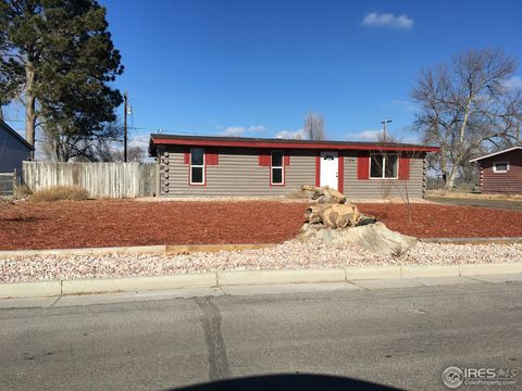 104 Spruce St, Log Lane Village, CO 80705