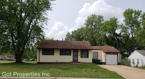 Photo of 116 Cameron Rd, Saint Louis, MO 63137