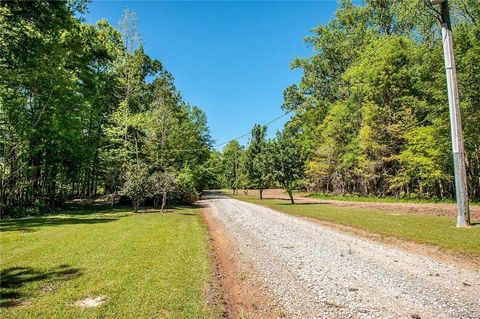 Photo of 140 Steep Creek Rd, Hope Hull, AL 36043