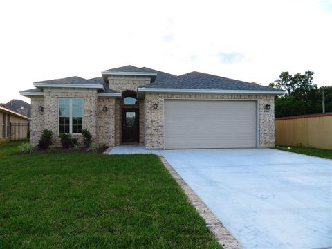 Photo of 6460 Bell Pointe, Beaumont, TX 77706