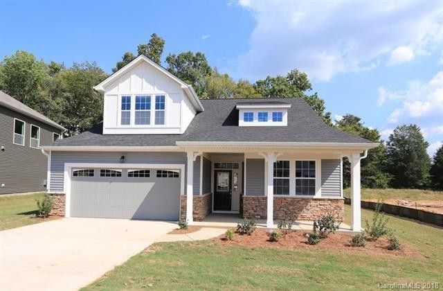 1344 Kings Grove Dr, York, SC 29745