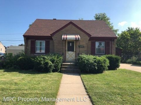 Photo of 1213 Lombard Ave, Racine, WI 53402
