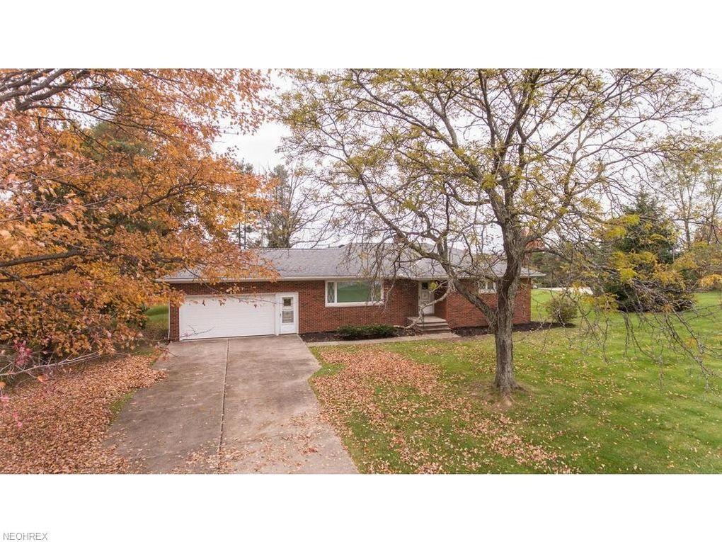 4311 Oakes Rd, Brecksville, OH 44141
