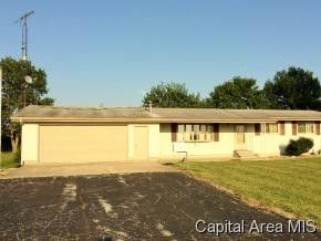 48 N 300 East Rd, Harvel, IL 62538