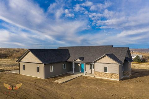 Photo of 1469 Valley Steppe Dr, Buhl, ID 83316