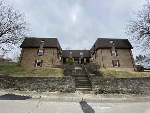 Photo of 40 Pleasant Ave Apt 301, Fort Thomas, KY 41075