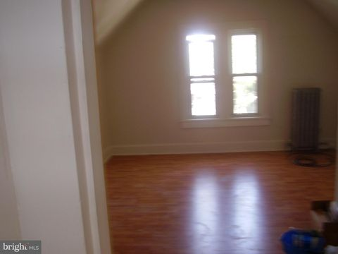 Photo of 53 High St Apt 3 A, Woodbury, NJ 08096