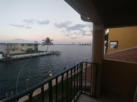1155 Lake Shore Dr Apt 202, Lake Park, FL 33403