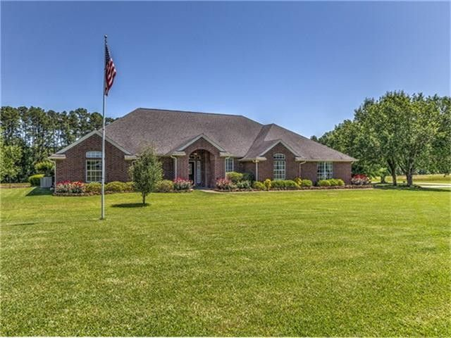 1909 carrell rd lufkin tx 75901 home for sale and real for Home builders in lufkin tx