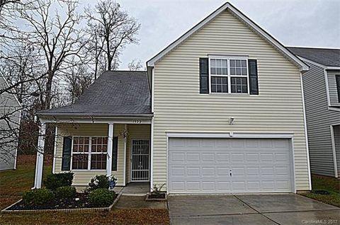 1522 Peachcroft Rd, Charlotte, NC 28216