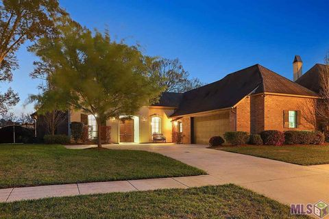 Photo of 12468 Legacy Hills Dr, Geismar, LA 70734