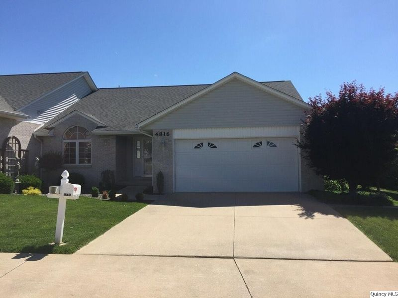 4816 elm st quincy il 62305 home for sale real