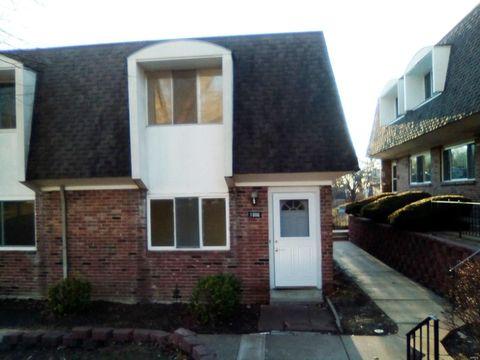 1066 Lafayette Ct, Collinsville, IL 62234