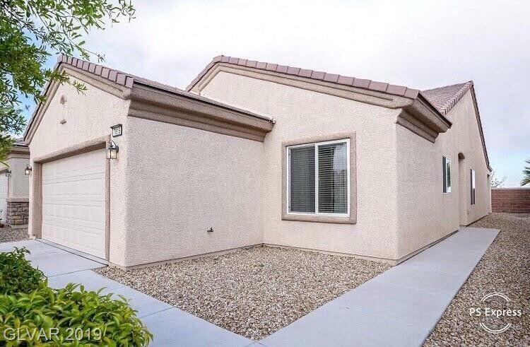 7816 Homing Pigeon St, North Las Vegas, NV 89084