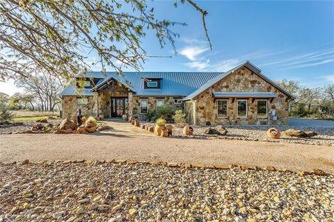 550 Post Oak Rd, Gordon, TX 76453