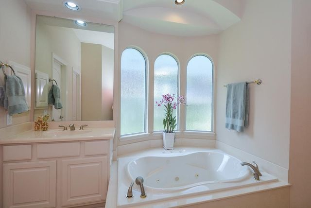 Bathroom Lighting Katy 5015 barlow bend ln, katy, tx 77450 - realtor®