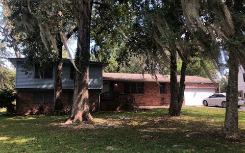 Photo of 765 Sw Valley Way, Lake City, FL 32025