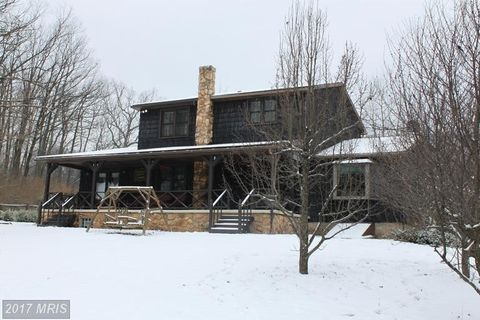 6663 Old Plank Rd, Broad Top, PA 16621