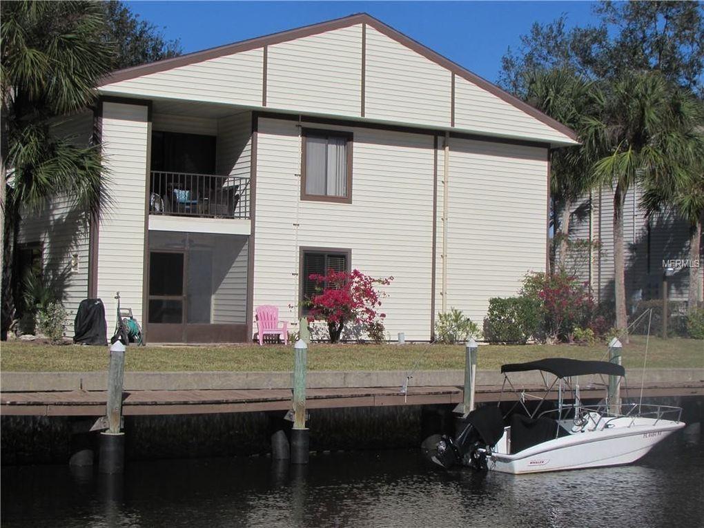 348 Moorings Cove Dr Unit 348 Tarpon Springs, FL 34689