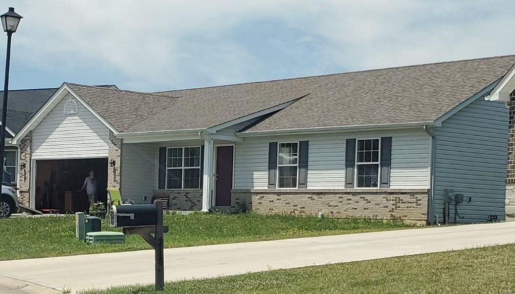214 Cuivre Creek Dr Troy, MO 63379