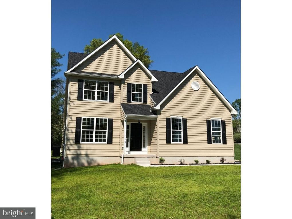 1051 S Lewis Rd, Collegeville, PA 19426