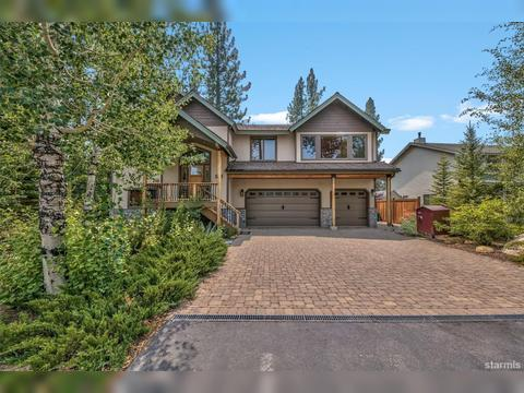 1133 Coyote Ridge Cir, South Lake Tahoe, CA 96150