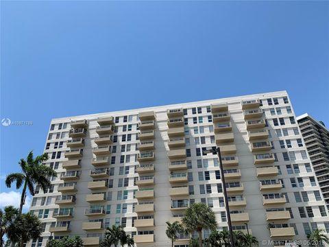Fine Bayside Historic District Miami Fl Real Estate Homes For Home Interior And Landscaping Ponolsignezvosmurscom