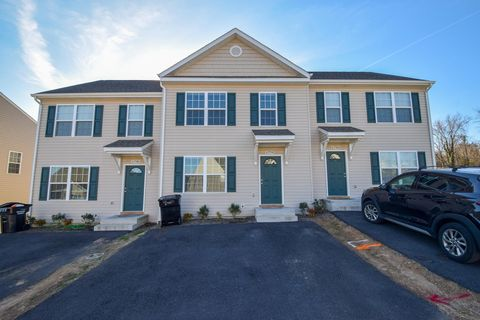 Roanoke Va Condos Townhomes For Sale Realtorcom