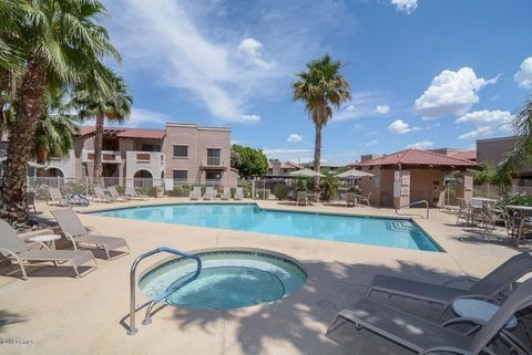 Photo of 5757 W Eugie Ave Unit 1027, Glendale, AZ 85304